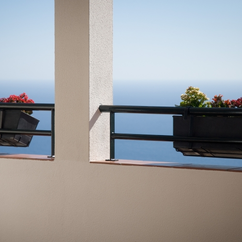 2.Balcony-detail-with-stunning-sea-view-beyond-1