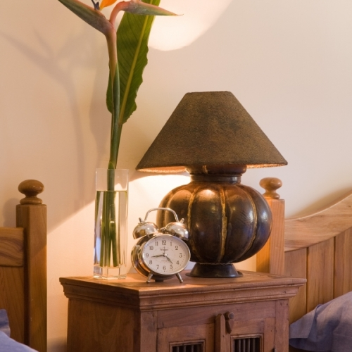 43.Twin Bedroom Lamp and Clock